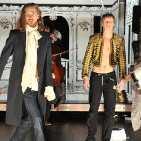 Der (Kommende) Aufstand - Andcompany&Co, Oldenburgisches Staatstheater