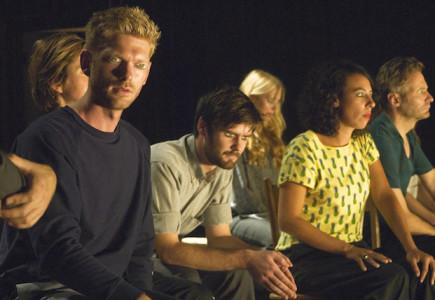 It is a tale told by an idiot - De Theatertroep, Tijdelijke Samenscholing, 't Barre land foto Fran van der Hoeven