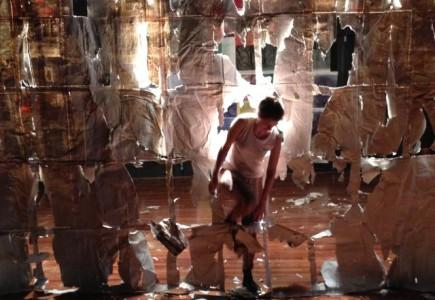 Tussenrussen - De Theatertroep